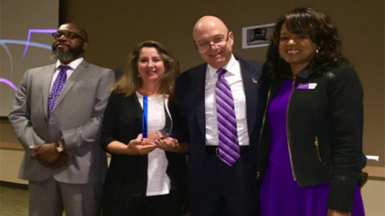 Susan Colby receives Leadership Award