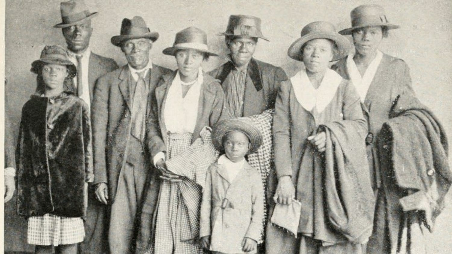 The Arthur family arrives in Chicago - Study Spotlights Black Social Reformer, Parks and Rec Pioneer, on Chicago's South Side - College of Natural Resources News NC State University