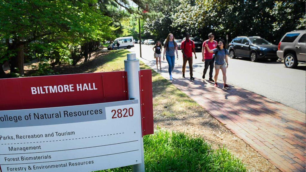 Students Walking near Biltmore Hall - College of Natural Resources at NCState University